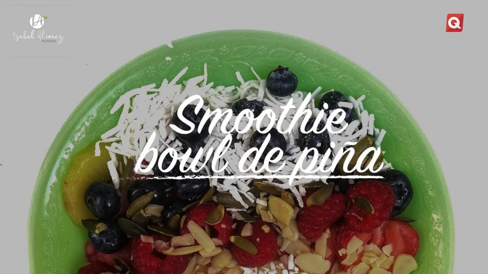 Smoothie bowl de piña