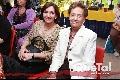Mónica Alcalde y Martha Lucía de Ruíz.
