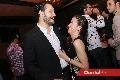 Roberto Alcalde y Laura, muy enamorados.