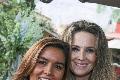 Lorena y Karina.