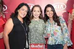 Laura de Bravo, Laura Bravo y Diana Villanueva.