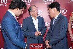 Gabriel Torres López, Juan Manuel Careras y Tae Jin Park.