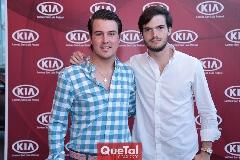 Alfonso Anaya y Oscar Hernández.