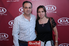 Eduardo Kasis y Laura Monjarás.