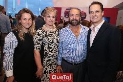 Montse Torres, Mónica Labastida, Oscar Torres y Gastón Santos.