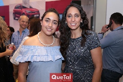 Tatina Torres y Tatina Puente.