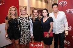 Mónica Torres, Mónica Labastida, Montse Torres, Lula López y Gabriel Zárate.