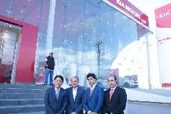 Tae Jin Park, Director de KIA Motors México, Juan Manuel Carreras, Gobernador del Estado, Gabriel Torres López, Director General de KIA y Gustavo Puente Orozco.
