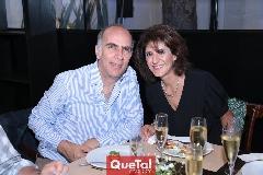 Alejandro Chevaile y Rocío Güemes.