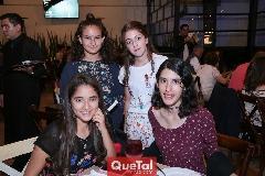 Frida, Karla, Sofía y Dulce.