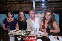 Dinorah Ortiz, Josefa Meraz, Mario Alvarado y Vicky Maldonado.