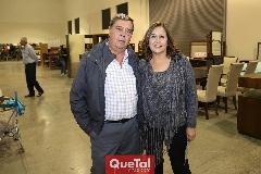 Arturo Yanas y Claudia Gómez.