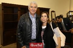 Jorge López y Georgina Zárate .