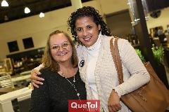Pilar Narváez y Verónica Córdoba .