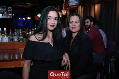 Elma Patiño y Leticia Torres.