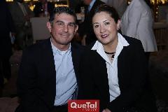 Alejandro Covarrubias y Namiko Susuda.