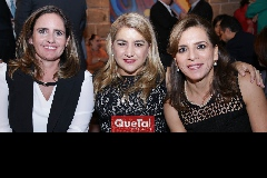 Marcela Payán, Carmenchu y Ana Emlia Tobías.