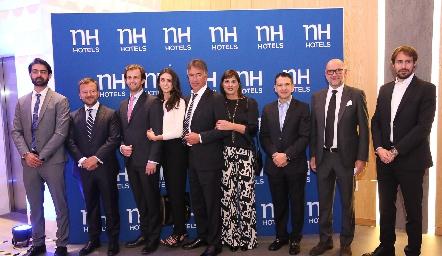 Roberto Abud, José Ángel Esteban, Alejandro, Catalina, Alejandro y Caty Abud, Juan Carlos Reus, Jesús Arnedo y  Massimo Baldo.