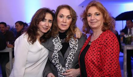 Martha, July y María Elena Abud Sarquis.