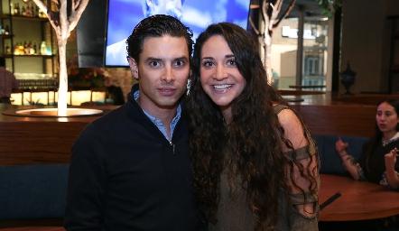Edgardo Orozco y Lore Cantú.