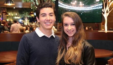 Emmanuel Castillo y Mariana O´farril.