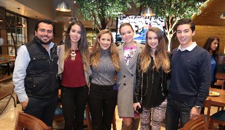 Salvador Guerra, Alejandra O´farril, Laura Cadena, Marcela y Mariana O´farril y Emmanuel Castillo.