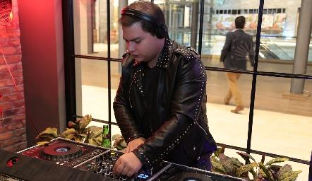 DJ Stahl.