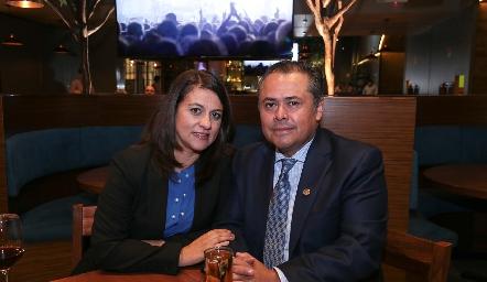 Martha Álvarez y Juan Carlos Banda.