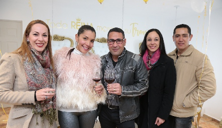 Susana Woge, Maryalex Guinand, Amin  Rafic, Nelly Woge y Marco Guerra.