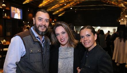 José García, Lula González y Edith Morán.
