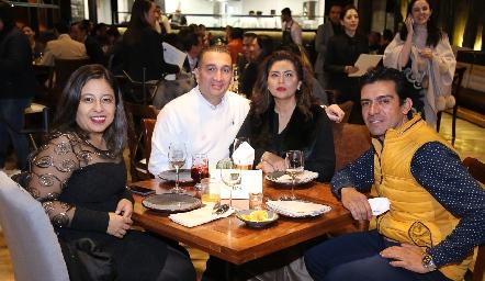 Tere Romero, Carlos Flores, ErikaRodríguez y Alejandro Lozano.