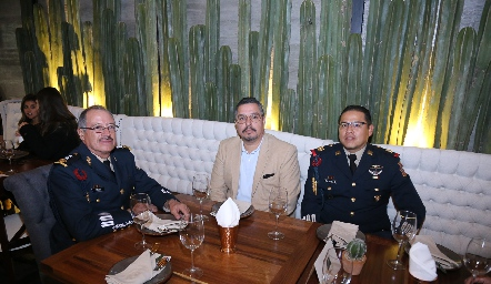 Salas, Jorge Martínez y Aguilar.