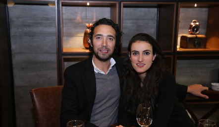 Wilfrido Martínez y Fernanda Saiz.