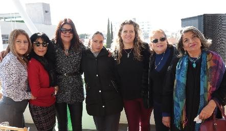 Lucero Gil, Patricia Delgadillo, Marcela García, Noemí Torres, Susana Rubin de Celis, Mónica Villalba y Coco Lucio.