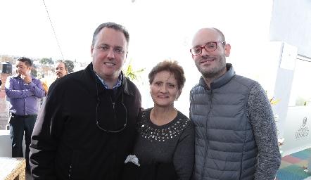 Rubén Navarro Spamer, Cristina Spamer de Navarro y Enrique Navarro Spamer.