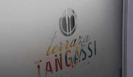 Terraza Tangassi Cafetería.