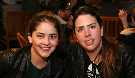 Ale Gascón y Gaby Carrillo.