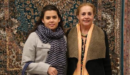 Alejandra Sánchez y Marcela Montemayor .