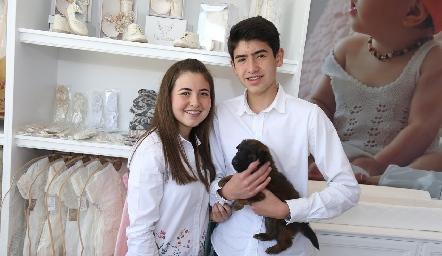 Valeria Barbosa y Enrique Quiroz.
