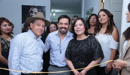 Hipólito Cano, Paco Benítez y Fabiola Mejorada.