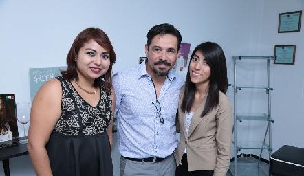 Montse Miranda, Paco Benítez y Diana García.