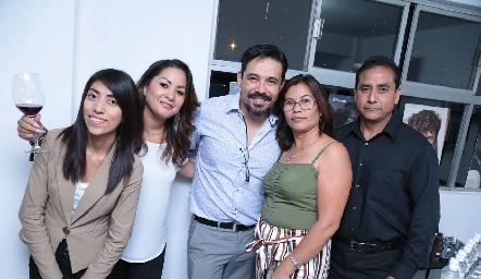 Diana García, Bety Saldaña, Paco Benítez, Silvia Rodríguez y Ángel González.