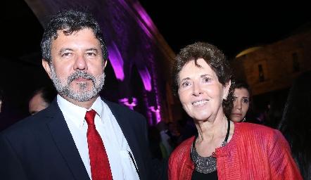 Armando Herrera y María Cristina García.