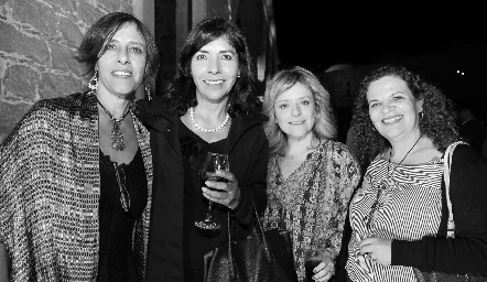 Claudia Rocha, Bertha Delgado, Laura Bravo y Laura González.