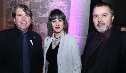 Fermín Llamazares, Claudia Santana y Oscar Santos.