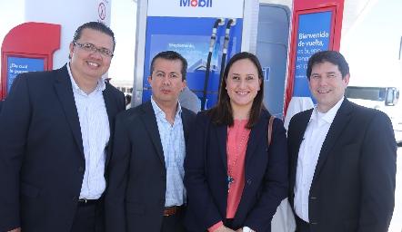 Adrián Quirón, Luis Villa, Caro Jiménez y Michel Mores.