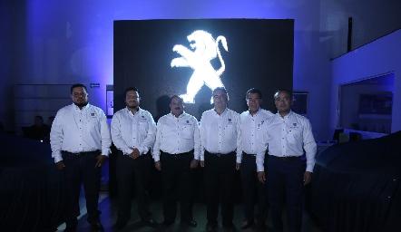 Staff.