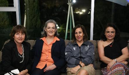 Edy de Castro, Herminia Fernández, Lorena Valle y Coco Leos.