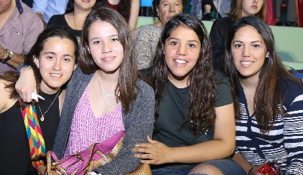 Paola de la Torre, María José Bringas, Ana y Arantza Torres Fonte.