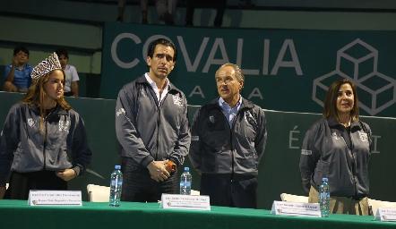 Renata Fernández, Javier Fernández, Juan Manuel Carreras y Lorena Valle.